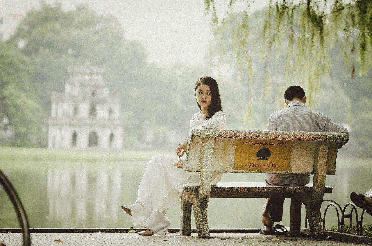 彼氏と結婚したいのにプロポーズしてくれない!男性の心理や対処法とは