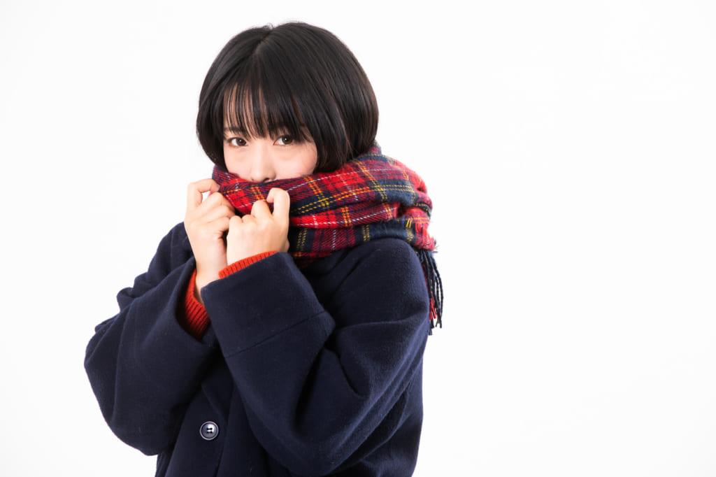 【調整しづらいオフィス向け】簡単にできる防寒対策