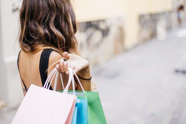 買い物依存症チェック診断!末路や部屋の中の状況をブログでご紹介!
