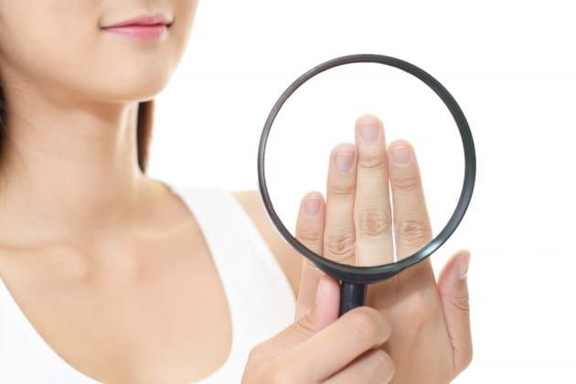 ハイポニキウムとは?爪の育成方法やどこまで伸びるかご紹介!のサムネイル