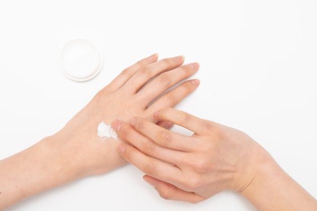 指を細くするマッサージはある?